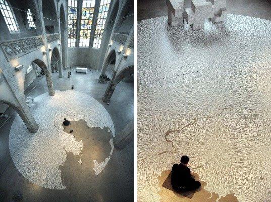 http://inhabitat.com/wp-content/blogs.dir/1/files/2011/02/Motoi-Yamamoto-Labyrinths-9.jpg