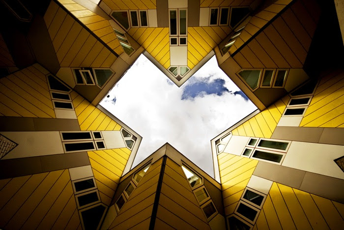 22-33-Worlds-Top-Strangest-Buildings-cubic-houses2