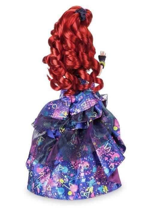 Promo pictures of Ariel, Cinderella, Jasmine and Snow