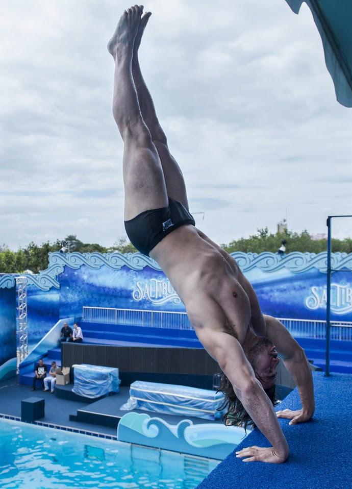 Mariano mostra que já chegou corajoso para a competição (Foto: Maurício Fidalgo/TV Globo)