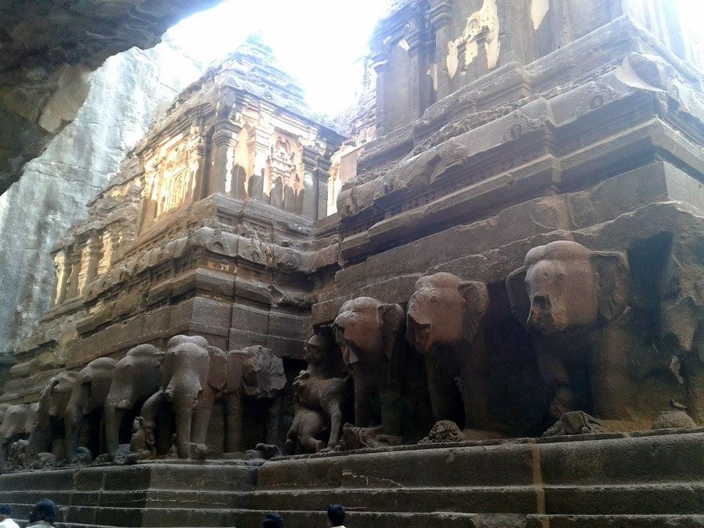Ellora Caves: Kailasanatha Temple (Cave 16), Ellora, Maharashtra