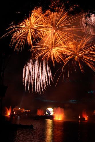 Disney Fireworks - 06.01.09 (32 of 58)