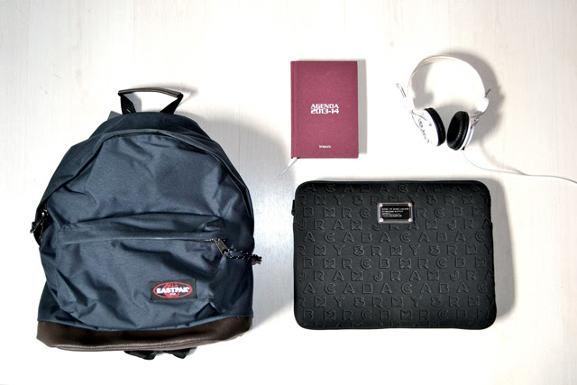 eastpak wyoming midnight spartoo agenda brepols wesc headphone marc by marc jacobs laptop case sleeve 13 inch designer fashion blogger turn it inside out belgium new in back to school