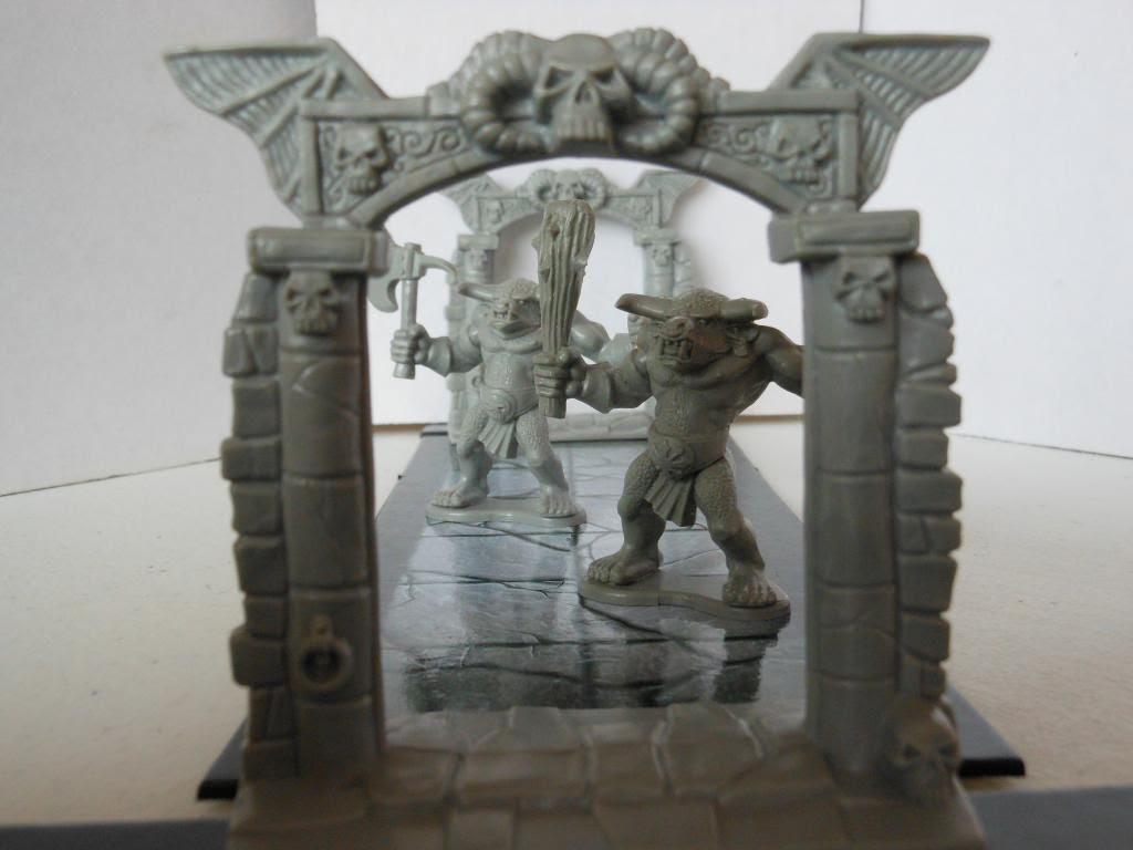 Warhammer Quest minotaurs
