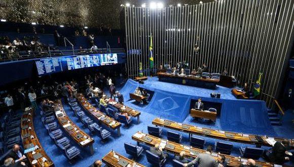 Embora a votação seja aberta, ela será eletrônica, no painel, e não haverá chamada nominal para que os senadores pronunciem seus votos oralmente (Foto: Marcelo Camargo/Agência Brasil)