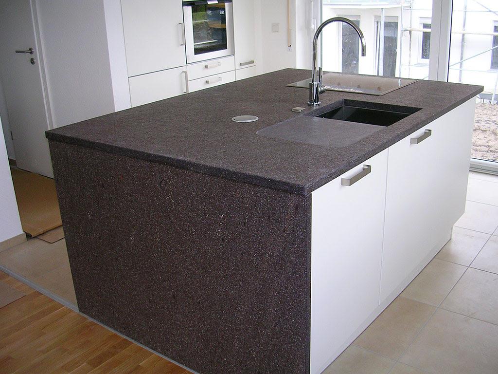 Datei:Kücheninsel mit Porphyr-Arbeitsplatte.jpg - Wikipedia