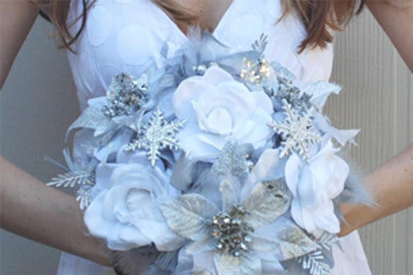 Hot Winter Wedding Color Combos White Silver Ice Blue Tulle