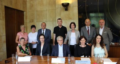 Unis contre la maltraitance infantile au Luxembourg - Le Quotidien.lu