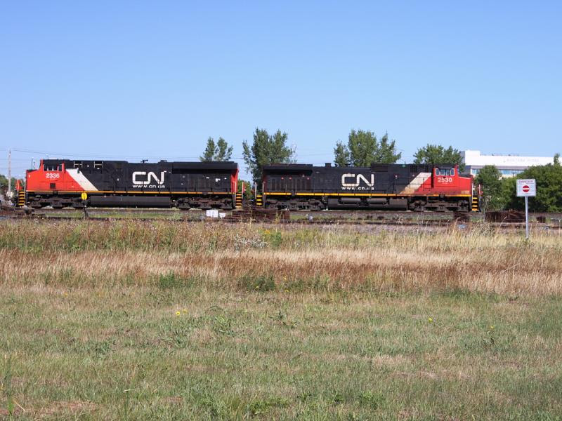 CN 2530 and CN 2336 in Winnipeg
