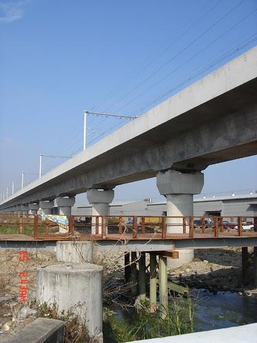 高鐵跨越筏子溪