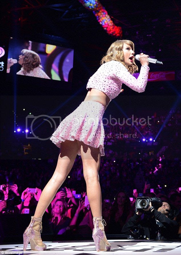 Taylor Swift 2014 iHeartRadio Music Festival photo taylor-swift-iheartradio-02.jpg