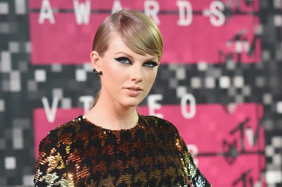Голые тела и эротические танцы: в Лос-Анджелесе прошла премия MTV Video Music Awards