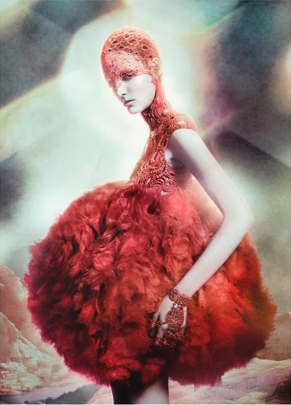 Zuzanna-Bijoch-Alexander-McQueen-Campaign