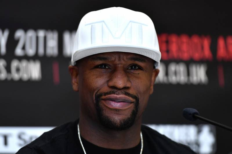 LONDON, ENGLAND - MARCH 07:  Floyd Mayweather JR speaks during a Frank Warren and Floyd Mayweather JR Press Conference at The Savoy Hotel on March 7, 2017 in London, England.  (Photo by Dan Mullan/Getty Images)
