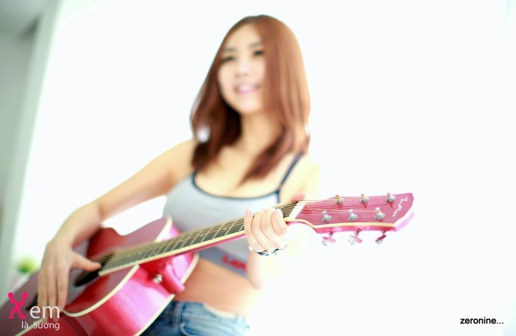 Ngắm cô nàng hot girl Han Cook xinh đẹp tươi vui
