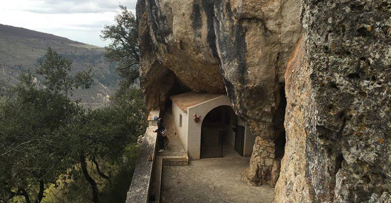 Risultati immagini per treia grotta di santa sperandia