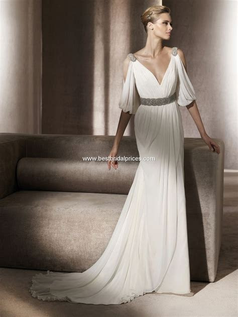 Pronovias Wedding Dresses   Style Famosa   Roman style