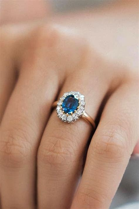 Best 25  Engagement rings unique ideas on Pinterest