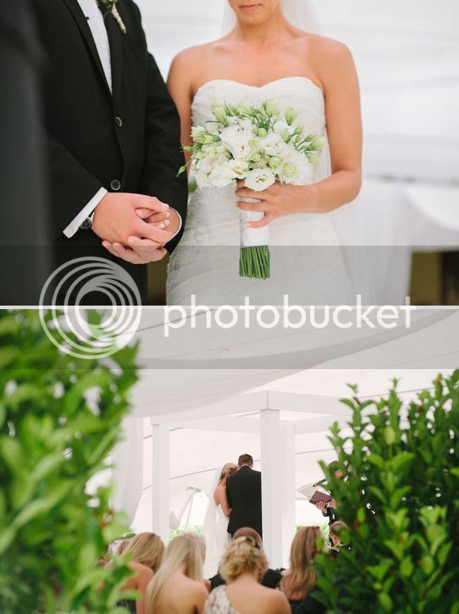 http://i892.photobucket.com/albums/ac125/lovemademedoit/welovepictures/ValDeVie_Wedding_017.jpg?t=1338384218