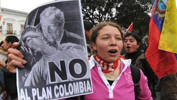 Marcha contra el paramilitarismo en Ecuador