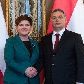 Premier Beata Szydło i prezydent Węgier