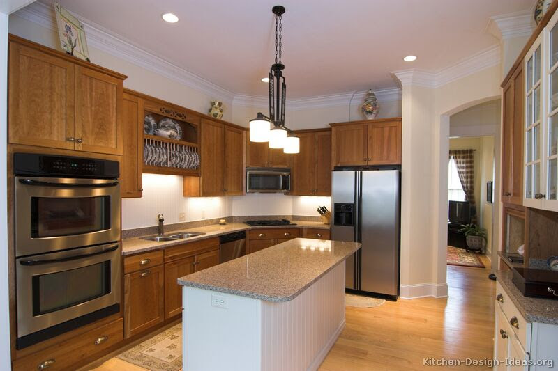 Pictures Of Kitchens Traditional Medium Wood Cabinets Golden Brown Page 4