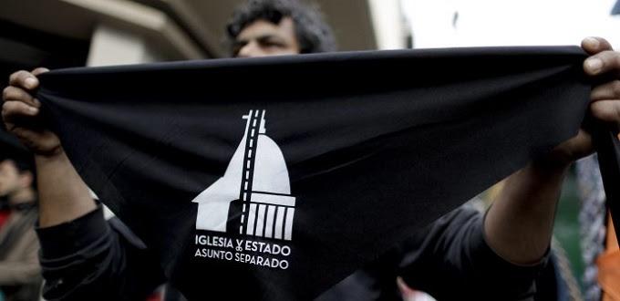 O evento «Apostasia coletiva» incentiva os argentinos a deixar a Igreja Católica