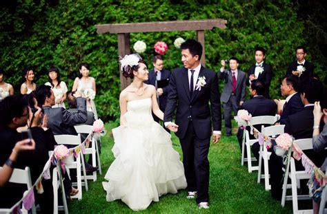 Real Wedding   Domico   Ray   PreOwned Wedding Dresses