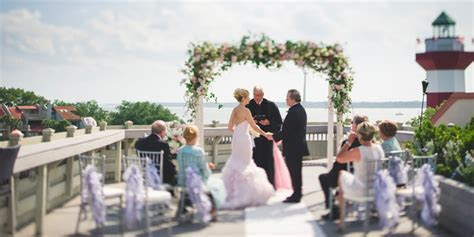 Harbour Town Yacht Club Weddings   Get Prices for Wedding