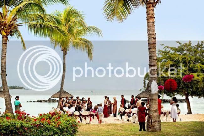 http://i892.photobucket.com/albums/ac125/lovemademedoit/mauritiuswedding2.jpg?t=1311181666