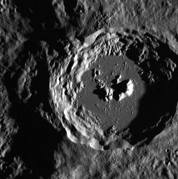 A crater on Mercury at the edge of the larger Oskison crater located in the plains north of Caloris basin. Credit: NASA/Johns Hopkins University Applied Physics Laboratory/Carnegie Institution of Washington