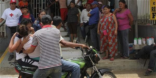 Las familias en El Carmen de Bolívar siguen sin saber qué les pasa a sus hijas.