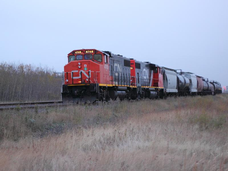 CN 4765 on train 545 in Winnipeg