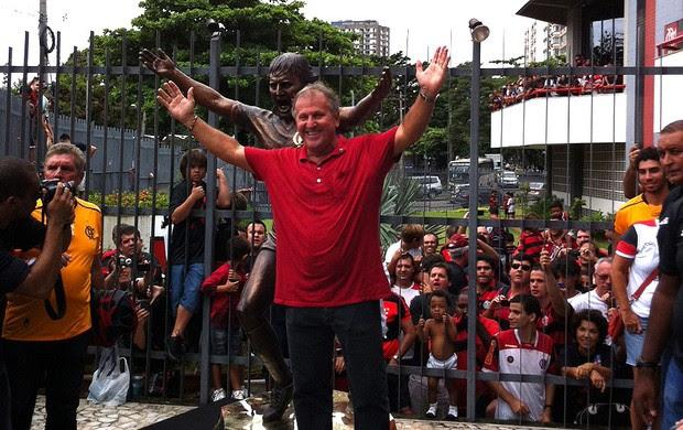 Flamengo faz festa na Gávea para celebrar aniversário do ídolo Zico (Foto: André Durão / Globoesporte.com)