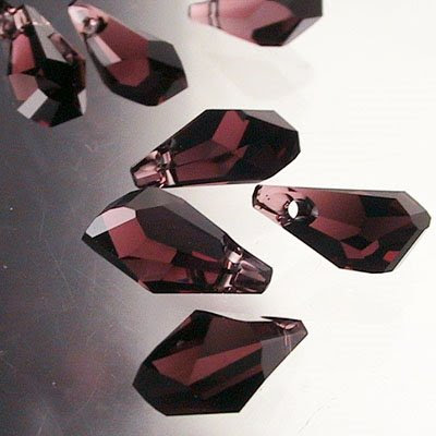 34760150085515 Crystallized - Swarovski Elements Bead - 13 mm Faceted Polygon Drop (6015) - Burgundy (1)