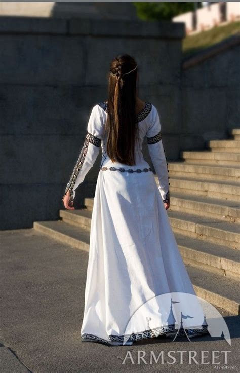 White medieval renaissance costume Chess Queen dress