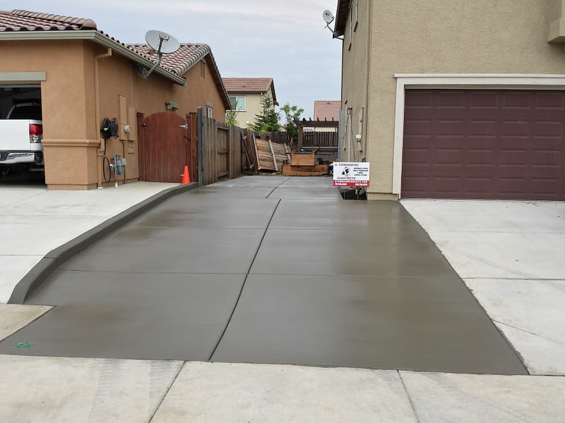 New Side Yard And Driveway Extension Concrete In Vacaville