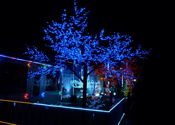 Wholesale high quality RGB Christmas Solar Power LED String Lights 200 LED 20M Garden Outdoor