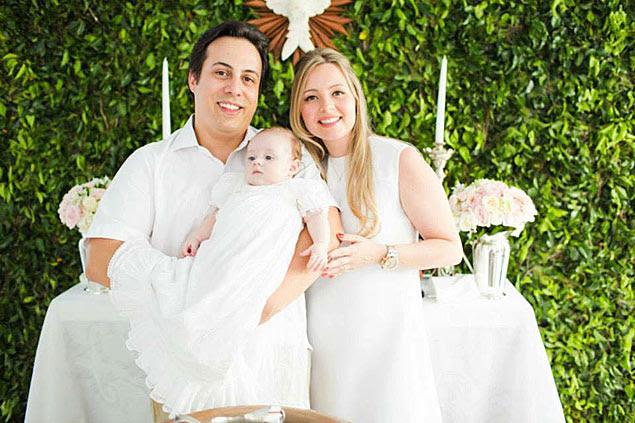 Marcelo Müller, 33, a mulher, Lumara Passos, 31, e a filha Georgia, 2, que morreram em acidente de helicóptero em Bertioga na manhã deste sábado (27)