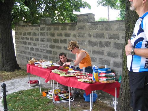 Marian and Zuzana make lunch