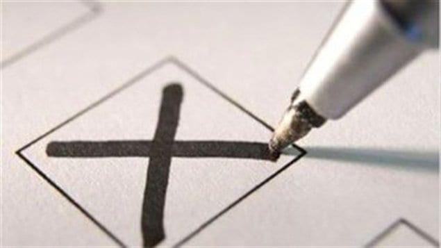 http://img.src.ca/2012/05/10/635x357/120510_k48st_bulletin-vote_sn635.jpg