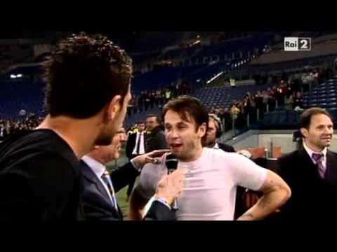 Zlatan Ibrahimovic high-kick ad Antonio Cassano