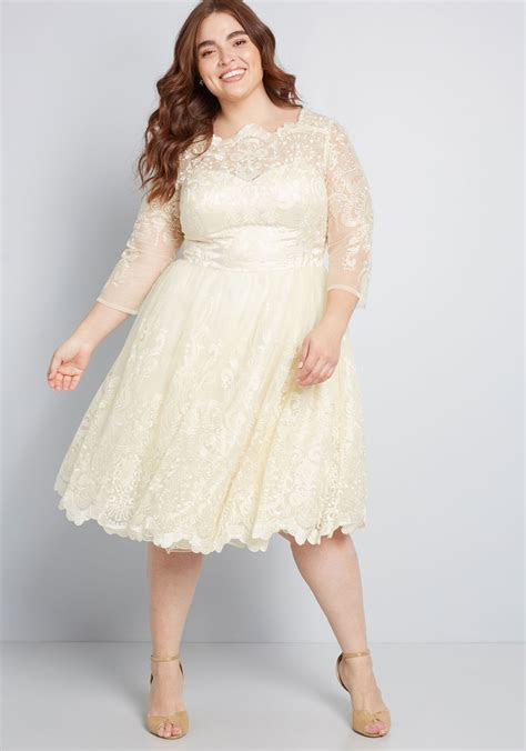 Best Designer Plus Size Wedding Dresses For 2019   Things
