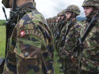 Peut-on lutter contre l'armée obligatoire au nom de l'égalité homme-femme? [Keystone]