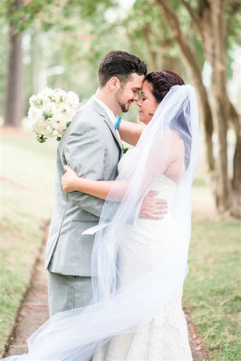 A Fresh Green & White Virginia Wedding   Every Last Detail