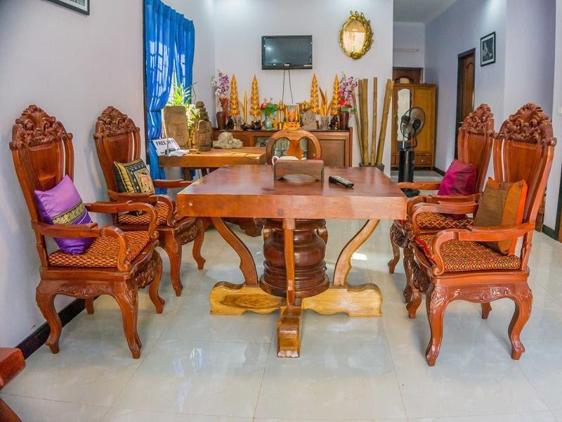 Review Sophat Villa
