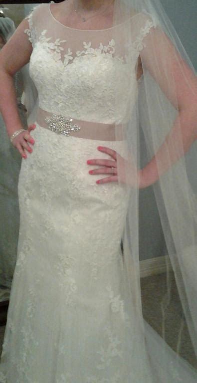 Essense of Australia D1562, $400 Size: 12   Used Wedding