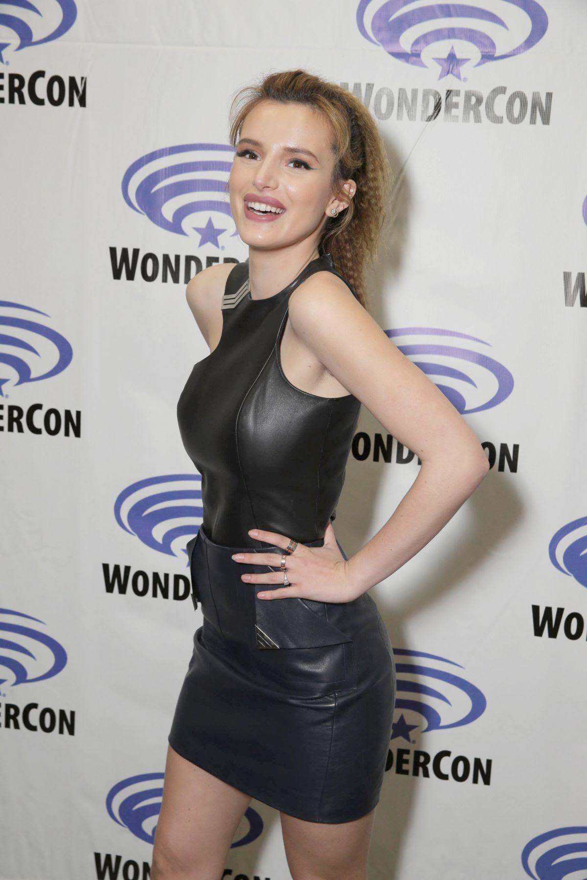 BELLA THORNE at Wondercon 2016