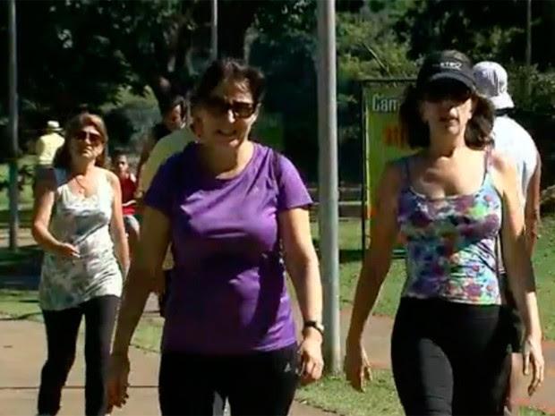 Uso de roupas e acessórios adequados está entre recomendações (Foto: Reprodução/TV Globo)