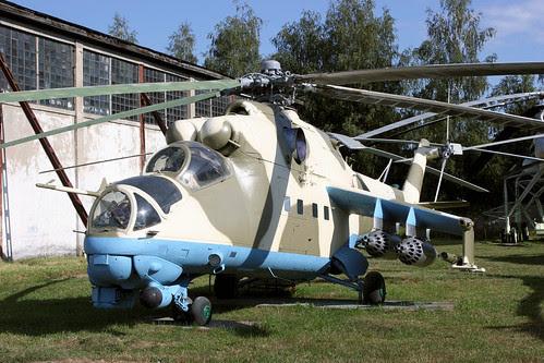 Mil Mi-24V 44 white